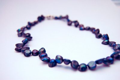 Halssnoer van Blauwe Keshi parels