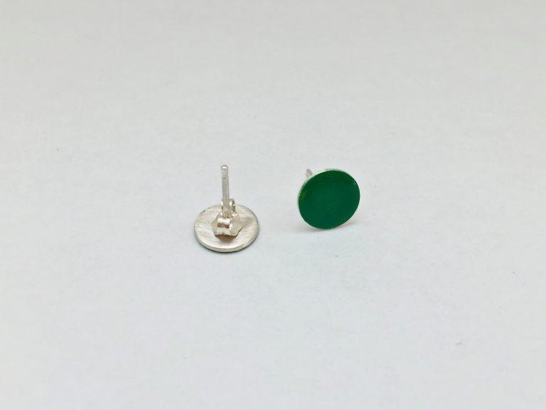 gekleurde oorstekers groen