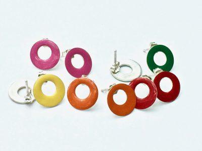 gekleurde oorstekers